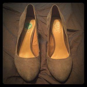 Franco Sarto 7 1/2 Gray Faux Suede Heels